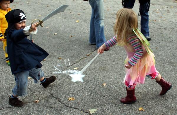Fairy_vs_pirate_original