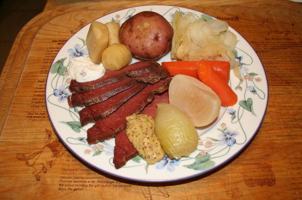 The Barefoot Kitchen Witch: The Corned Beef Project